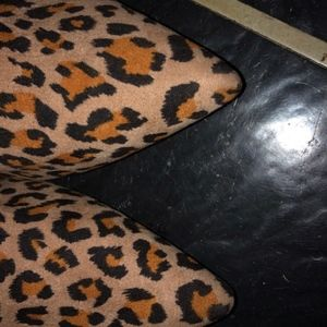 ReFresh Shoes - ReFresh Leopard Womens Pointy Toe Flats  Size 10